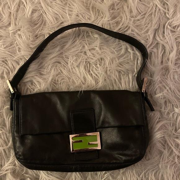 Fendi Handbags - Fendi Calfskin Baguette